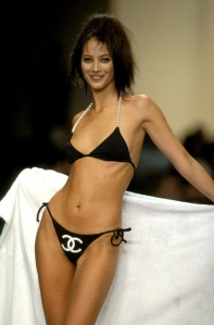 073114_Chanel_Beach_Style_slide_10