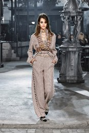 maybe my favorite of them all.. the design of the actul jumpsuit incorporated with the pattern and the design around the collar... its gorg.
